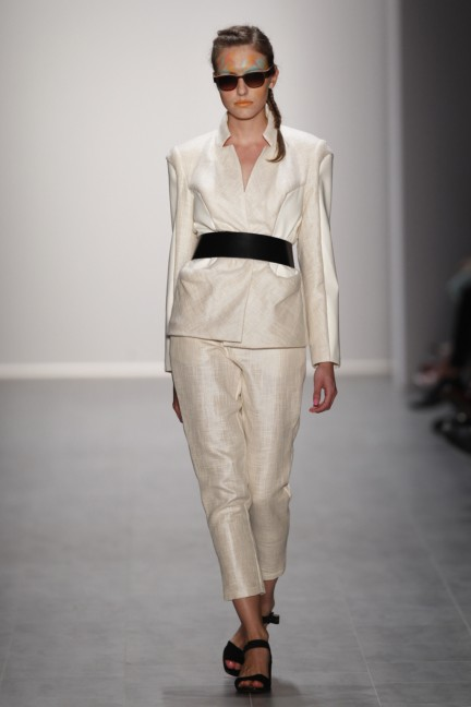 rebekka-ruetz-mercedes-benz-fashion-week-berlin-spring-summer-2015-13