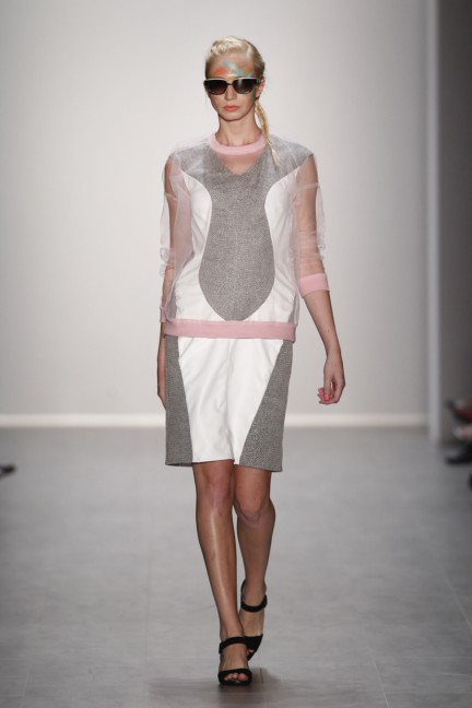 rebekka-ruetz-mercedes-benz-fashion-week-berlin-spring-summer-2015-14