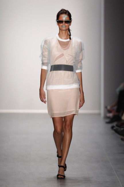 rebekka-ruetz-mercedes-benz-fashion-week-berlin-spring-summer-2015-16