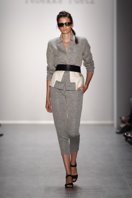rebekka-ruetz-mercedes-benz-fashion-week-berlin-spring-summer-2015-20