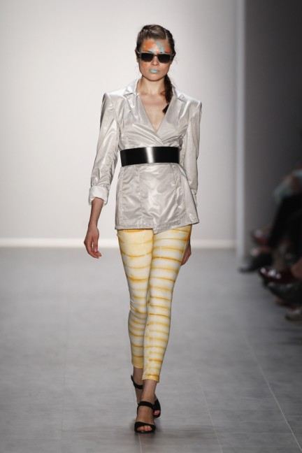 rebekka-ruetz-mercedes-benz-fashion-week-berlin-spring-summer-2015-22
