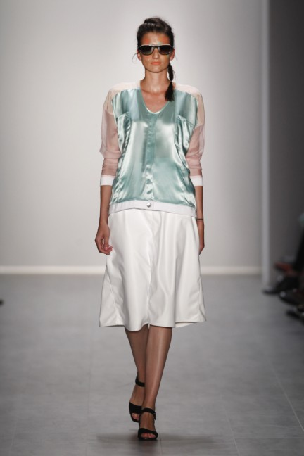 rebekka-ruetz-mercedes-benz-fashion-week-berlin-spring-summer-2015-8