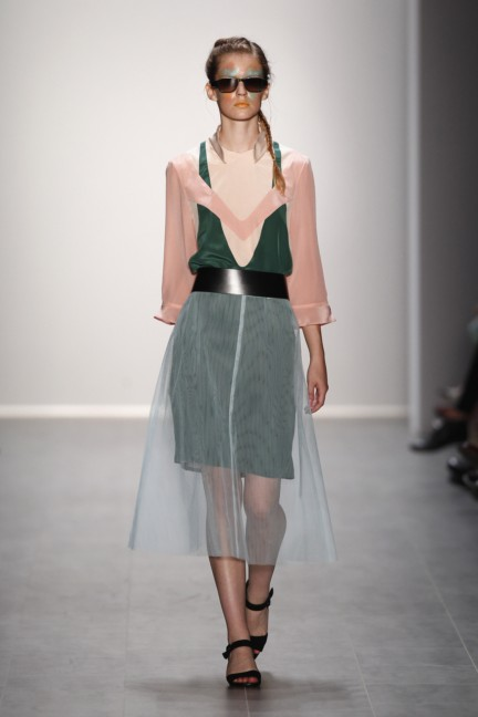 rebekka-ruetz-mercedes-benz-fashion-week-berlin-spring-summer-2015-9