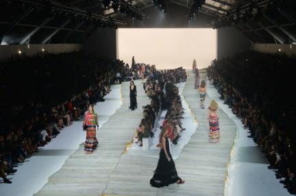 roberto-cavalli-milan-fashion-week-spring-summer-2015-atmosphere-10