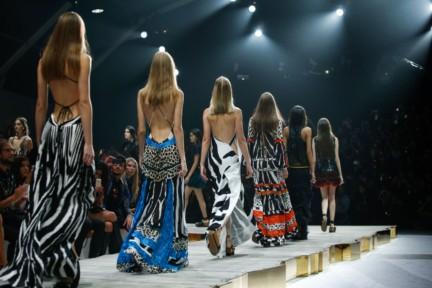 roberto-cavalli-milan-fashion-week-spring-summer-2015-atmosphere-5