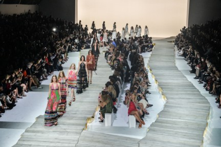 roberto-cavalli-milan-fashion-week-spring-summer-2015-atmosphere