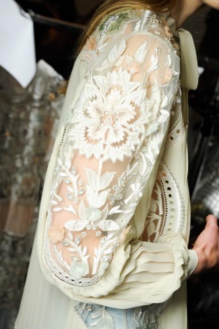roberto-cavalli-milan-fashion-week-spring-summer-2015-backstage-3