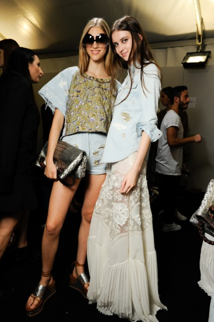 roberto-cavalli-milan-fashion-week-spring-summer-2015-backstage-33