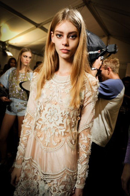 roberto-cavalli-milan-fashion-week-spring-summer-2015-backstage-40
