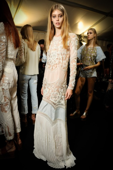 roberto-cavalli-milan-fashion-week-spring-summer-2015-backstage-41