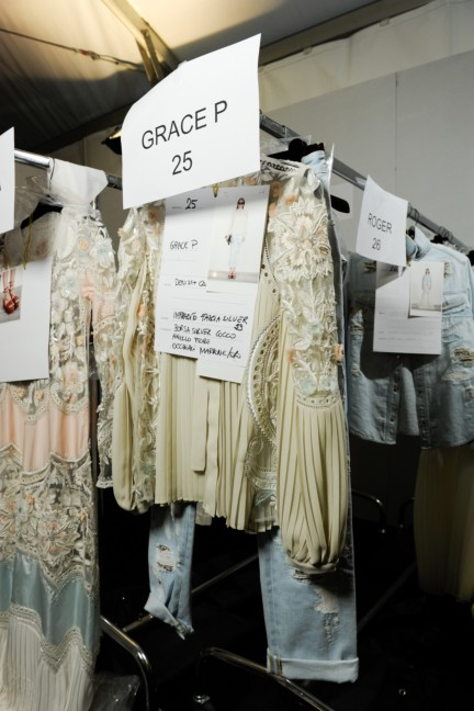 roberto-cavalli-milan-fashion-week-spring-summer-2015-backstage-84