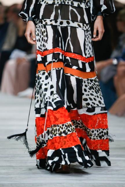roberto-cavalli-milan-fashion-week-spring-summer-2015-details-118