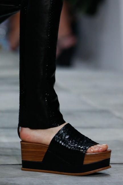 roberto-cavalli-milan-fashion-week-spring-summer-2015-details-132