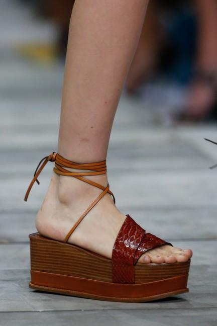 roberto-cavalli-milan-fashion-week-spring-summer-2015-details-134