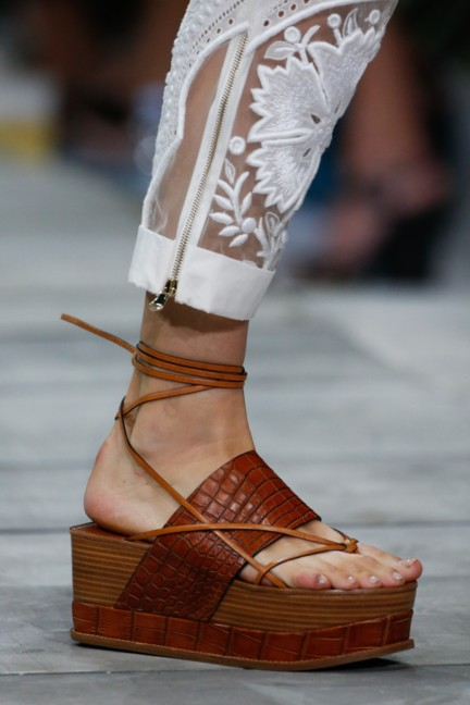 roberto-cavalli-milan-fashion-week-spring-summer-2015-details-135
