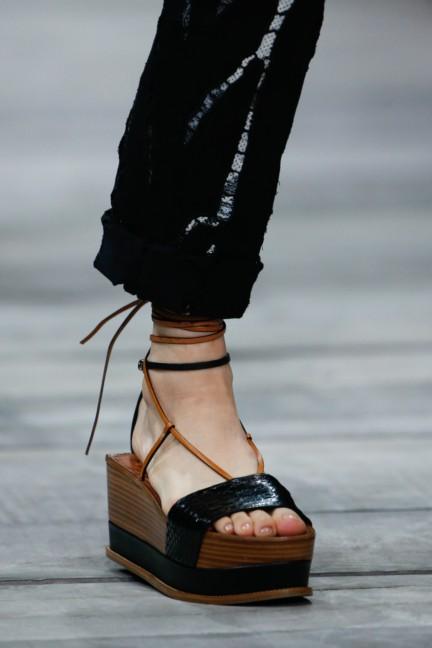 roberto-cavalli-milan-fashion-week-spring-summer-2015-details-138