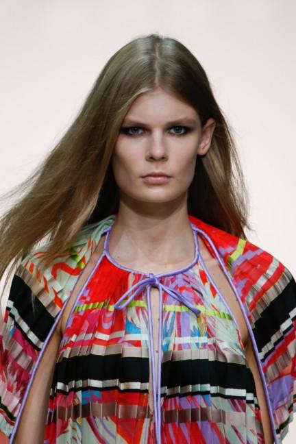 roberto-cavalli-milan-fashion-week-spring-summer-2015-details-14