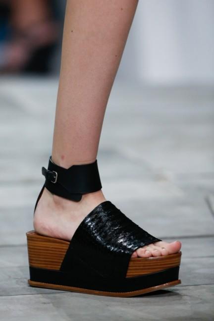 roberto-cavalli-milan-fashion-week-spring-summer-2015-details-140