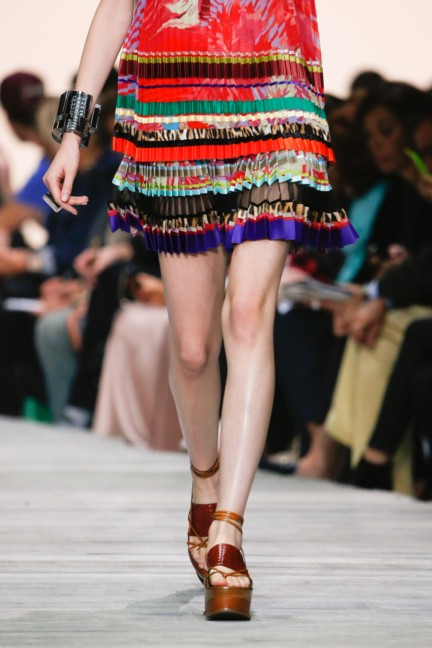 roberto-cavalli-milan-fashion-week-spring-summer-2015-details-21