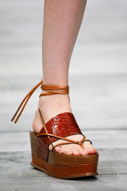roberto-cavalli-milan-fashion-week-spring-summer-2015-details-22