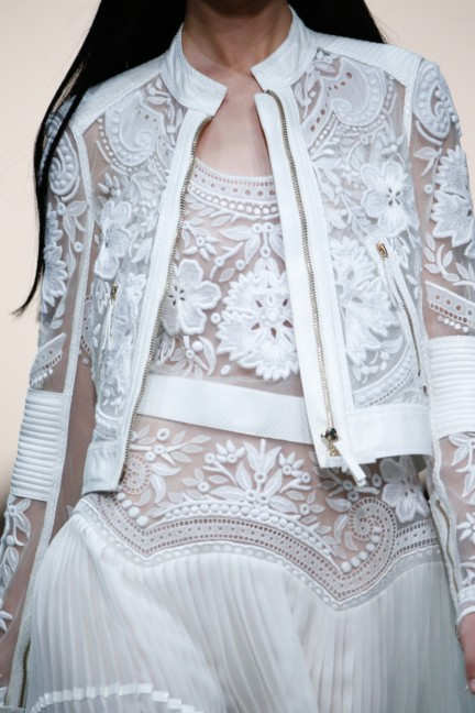 roberto-cavalli-milan-fashion-week-spring-summer-2015-details-46