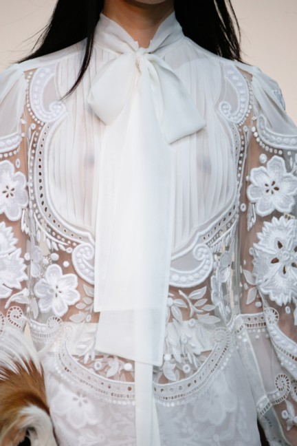 roberto-cavalli-milan-fashion-week-spring-summer-2015-details-51