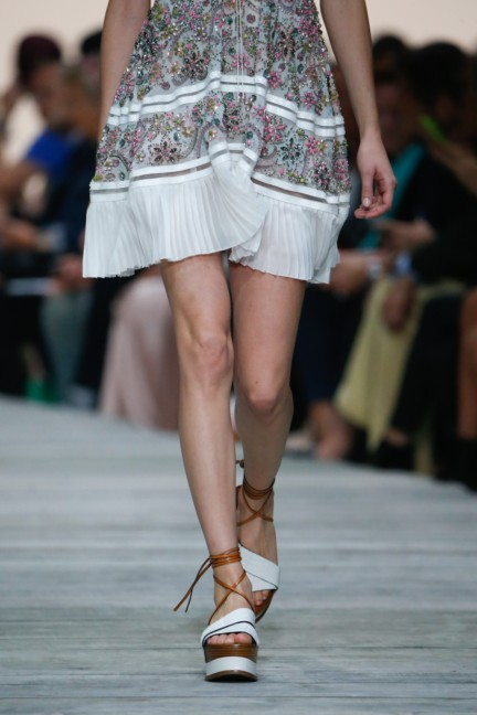 roberto-cavalli-milan-fashion-week-spring-summer-2015-details-53