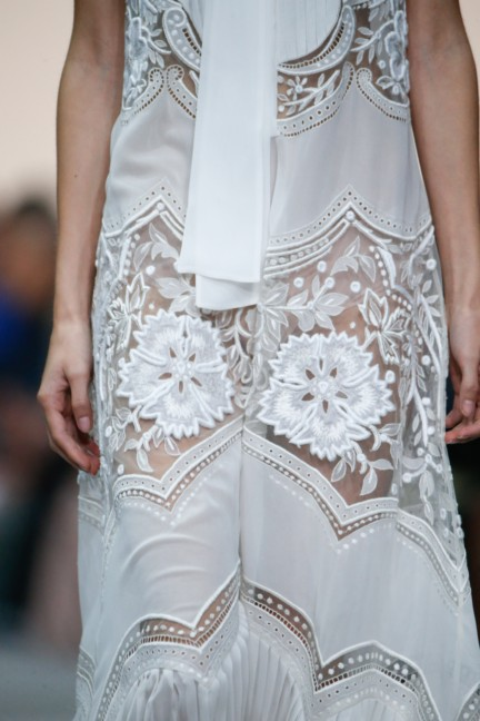 roberto-cavalli-milan-fashion-week-spring-summer-2015-details-58