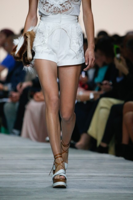roberto-cavalli-milan-fashion-week-spring-summer-2015-details-60
