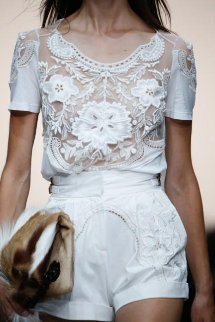 roberto-cavalli-milan-fashion-week-spring-summer-2015-details-61