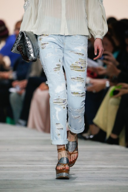 roberto-cavalli-milan-fashion-week-spring-summer-2015-details-69
