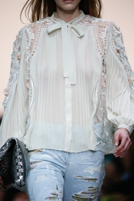roberto-cavalli-milan-fashion-week-spring-summer-2015-details-70