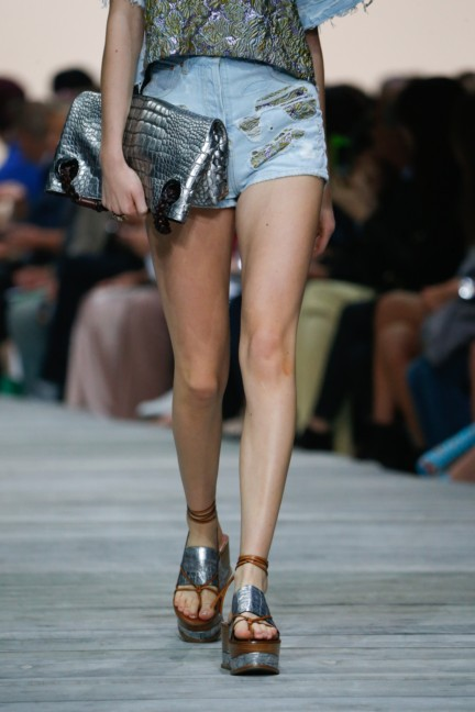 roberto-cavalli-milan-fashion-week-spring-summer-2015-details-74