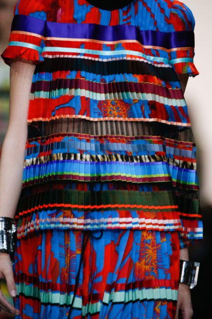 roberto-cavalli-milan-fashion-week-spring-summer-2015-details-8