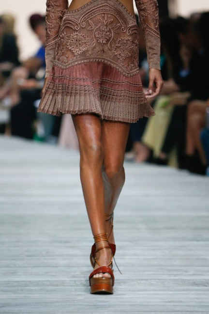 roberto-cavalli-milan-fashion-week-spring-summer-2015-details-83