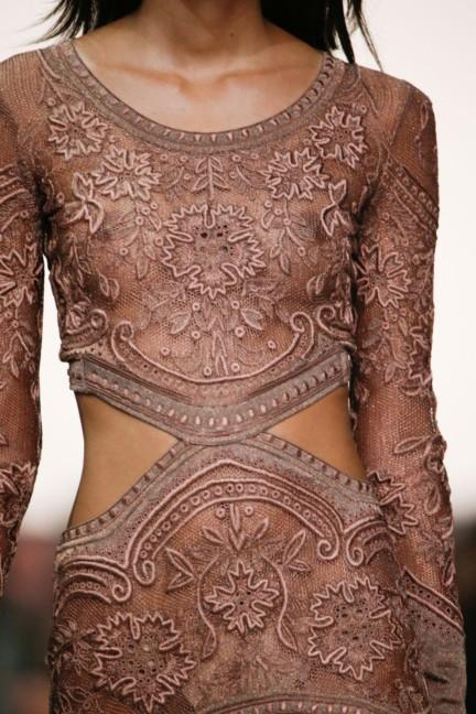 roberto-cavalli-milan-fashion-week-spring-summer-2015-details-84