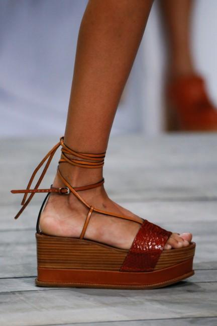 roberto-cavalli-milan-fashion-week-spring-summer-2015-details-85