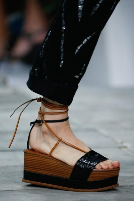 roberto-cavalli-milan-fashion-week-spring-summer-2015-details-99