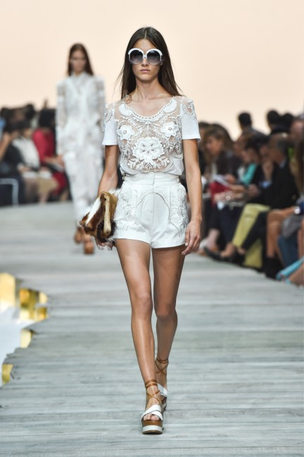 roberto-cavalli-milan-fashion-week-spring-summer-2015-runway-22