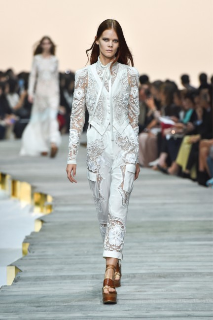 roberto-cavalli-milan-fashion-week-spring-summer-2015-runway-23