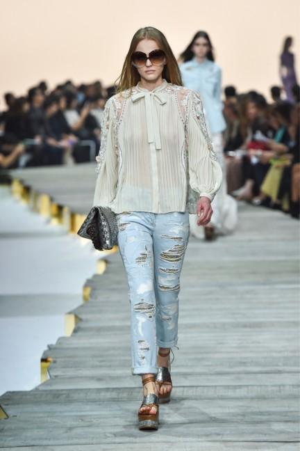 roberto-cavalli-milan-fashion-week-spring-summer-2015-runway-25