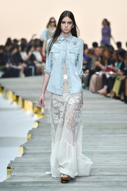roberto-cavalli-milan-fashion-week-spring-summer-2015-runway-26