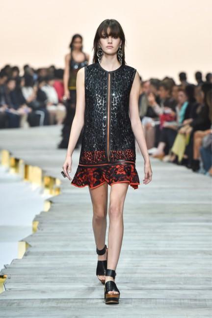 roberto-cavalli-milan-fashion-week-spring-summer-2015-runway-42