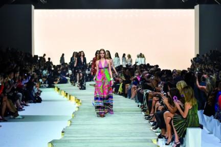 roberto-cavalli-milan-fashion-week-spring-summer-2015-runway-49