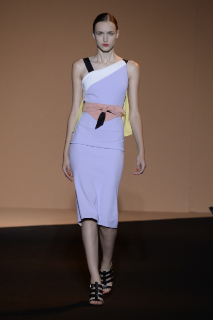 roland-mouret-paris-fashion-week-spring-summer-2015-16