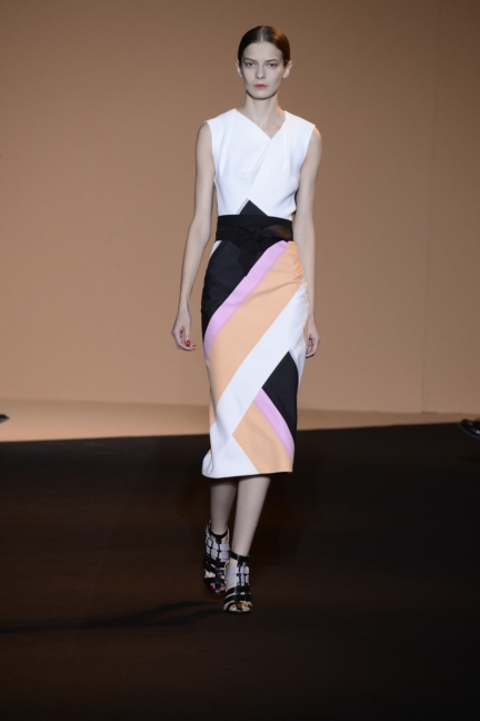 roland-mouret-paris-fashion-week-spring-summer-2015-17