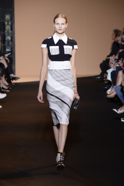 roland-mouret-paris-fashion-week-spring-summer-2015-22