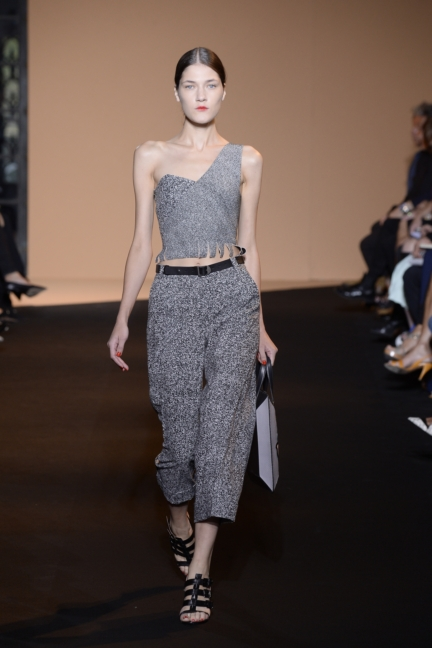 roland-mouret-paris-fashion-week-spring-summer-2015-24