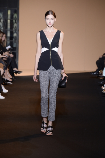 roland-mouret-paris-fashion-week-spring-summer-2015-25