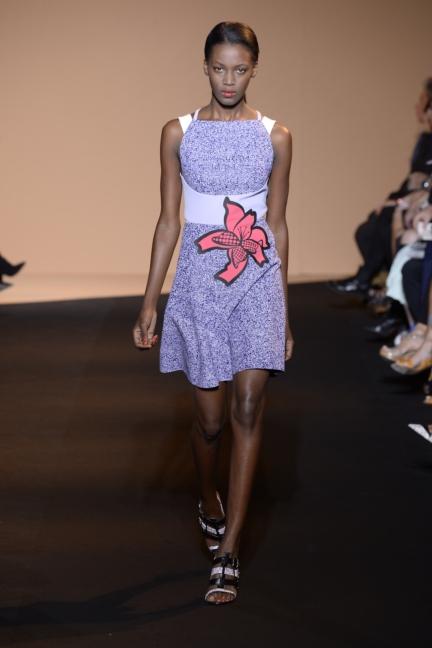 roland-mouret-paris-fashion-week-spring-summer-2015-27